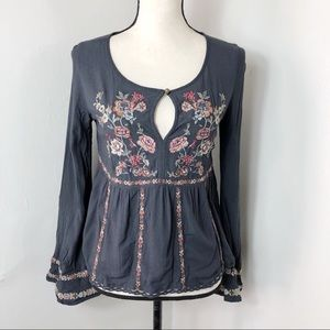 American Eagle Keyhole Embroidered Top XS